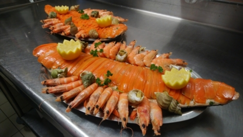 Filet de saumon entier en écailles de carottes
